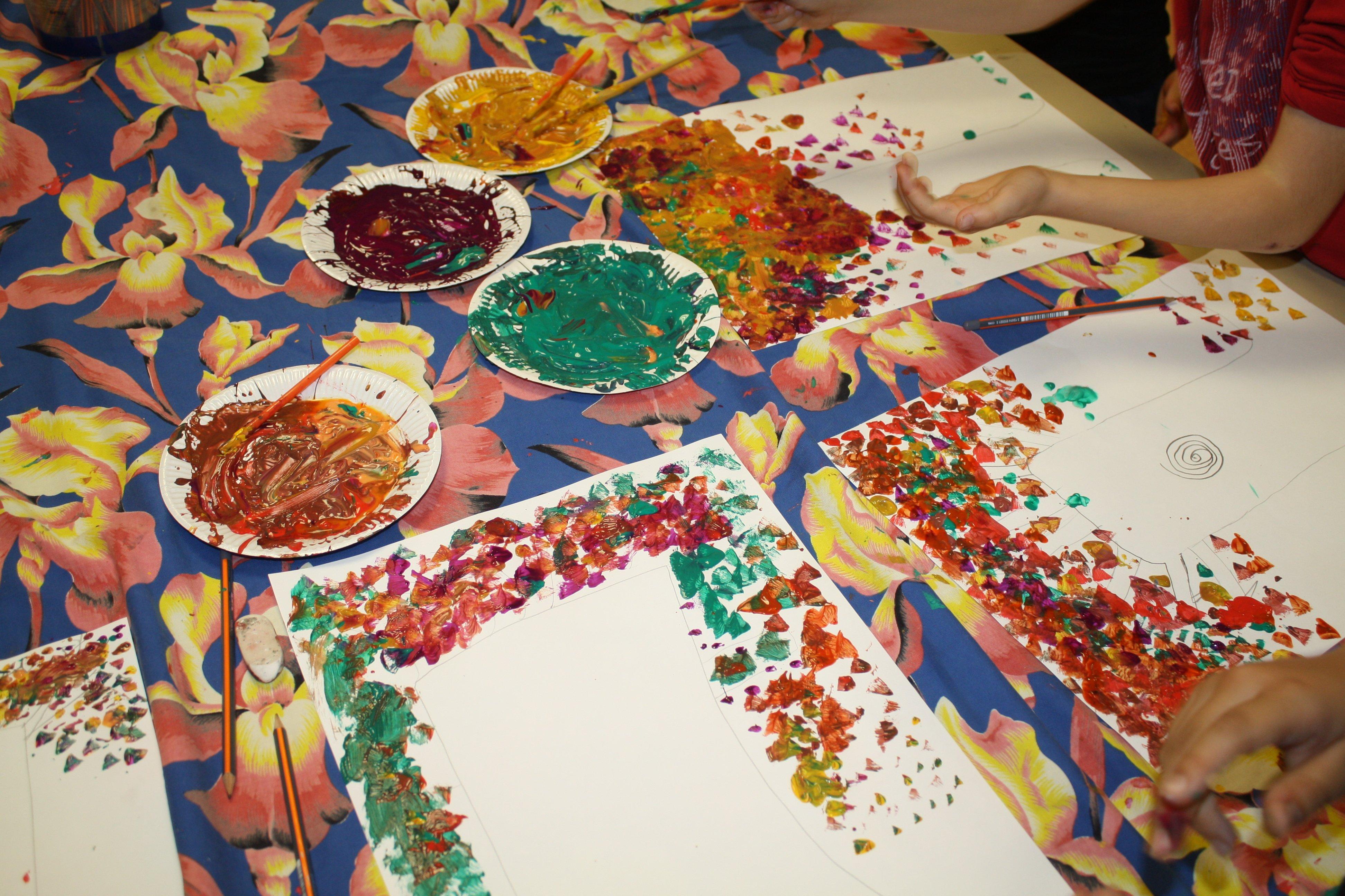 Peinture Pour Peindre Sur Des Meuble Vernis Site Decoration Journaldesfemmes Com